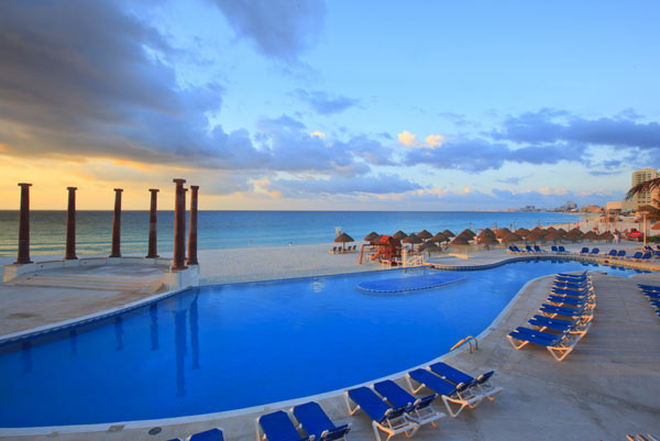 All Inclusive - Krystal Cancun - Cancun Mexico - Beach Resort